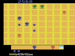 Players control the little squad of blue creatures. Gameplay is similar to a mode in Tetris DS actually.